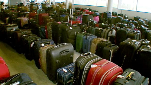 airlines-luggage