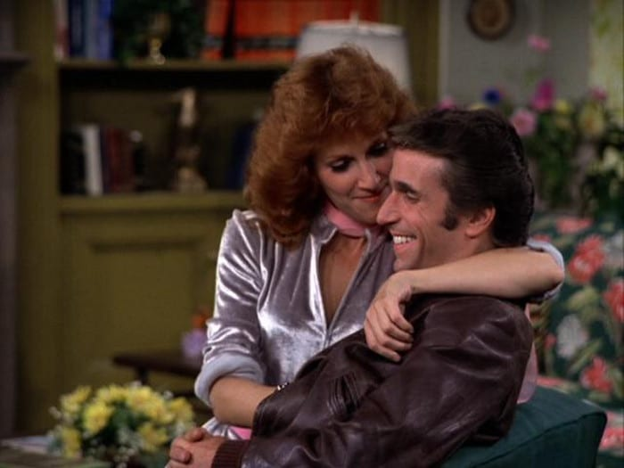 roz_kelly_roz_kelly_fonzie_loves_pinky_happy_days_vxDzoeh5.sized_