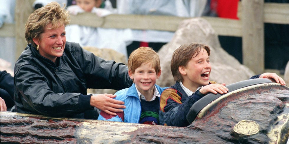 hbz-royal-family-1993-princess-diana-prince-harry-william-gettyimages-157809903
