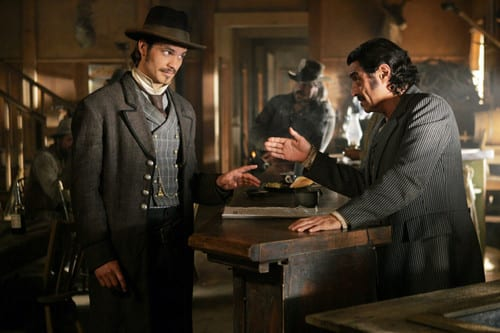 3x01-Tell-Your-God-to-Ready-for-Blood-Seth-Bullock-and-Al-Swearengen-deadwood-39144824-500-333