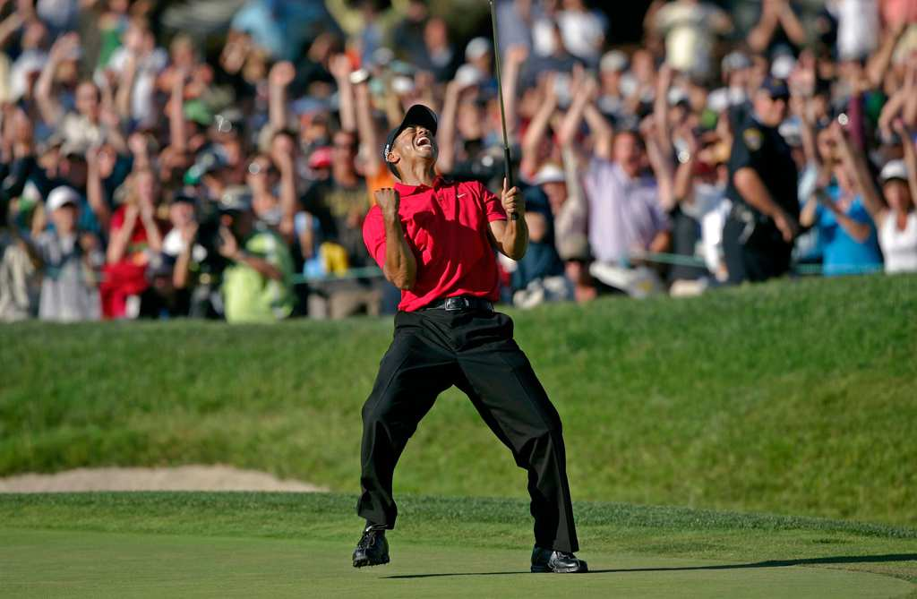 tiger-woods-2008-us-open-18th-green-roar