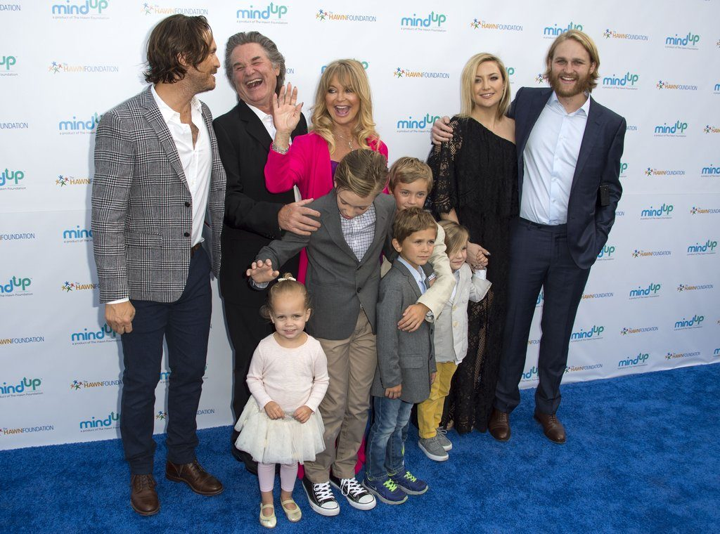 Goldie-Hawn-Her-Grandchildren-Pictures