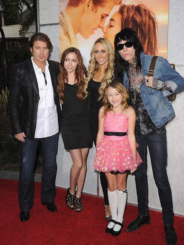 The Cyrus Family Uncovered   NinjaJournalist  Billy Ray Cyrus And Baby Miley Cyrus