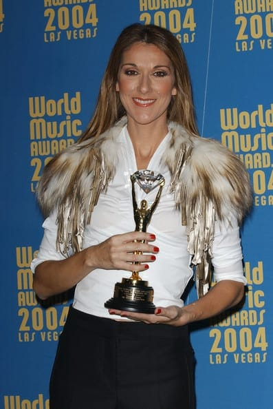 Celine+Dion+2004+World+Music+Awards+Press+2kMXE1cmg1Fl