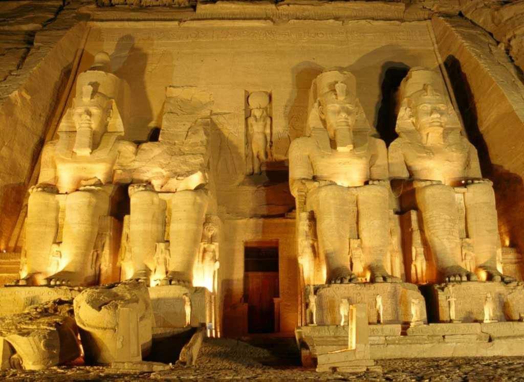 pyramids 42