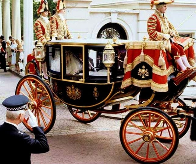 royal wedding-carriage