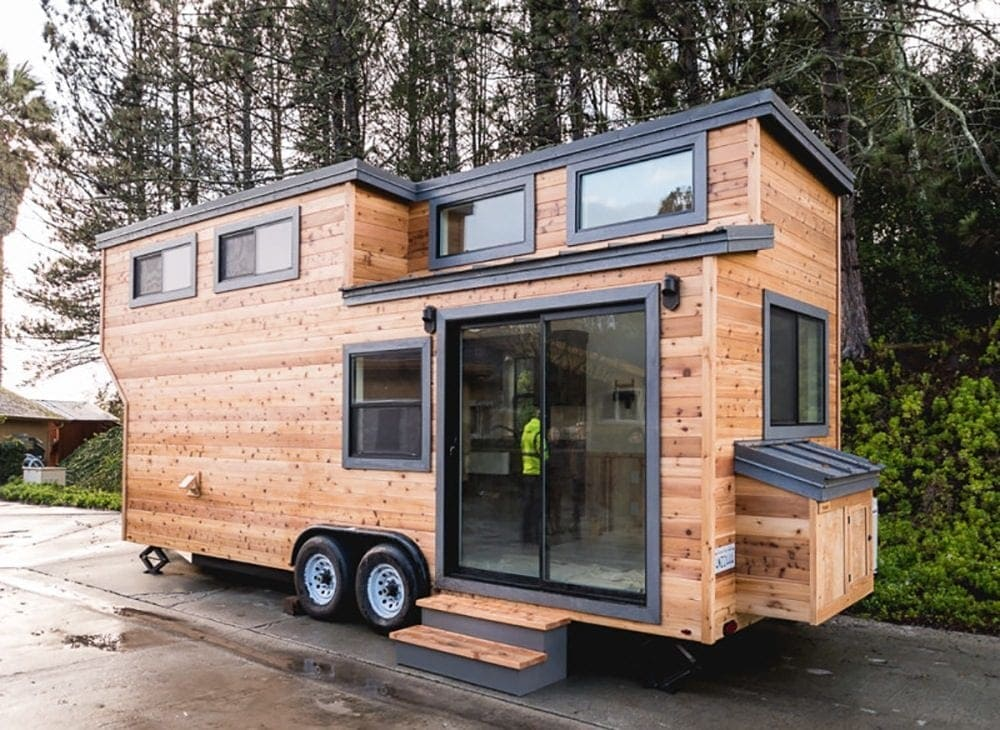 Tiny Haus the 13 year boy who built his own tiny home