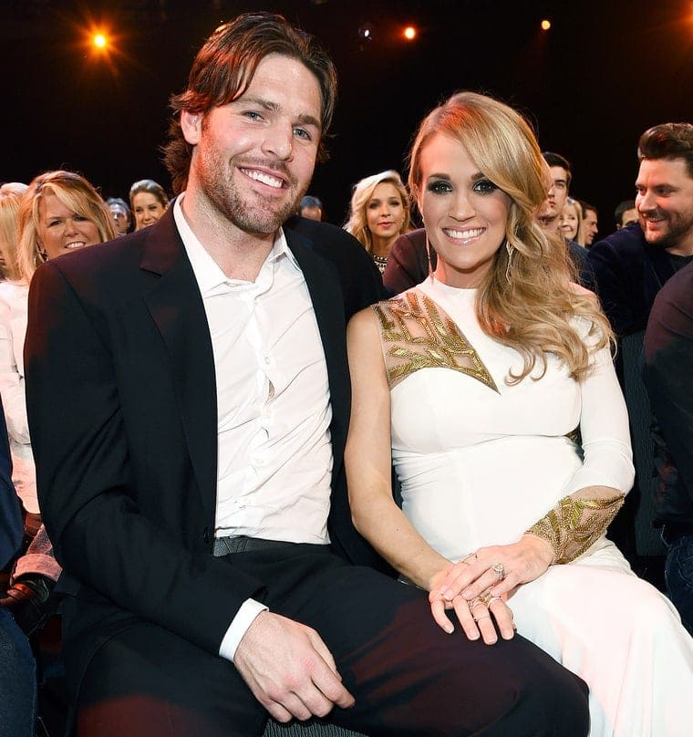 1425398860_carrie-underwood-mike-fisher-zoom