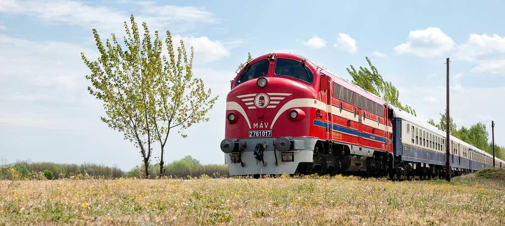 2016-Europe-The-Golden-Eagle-Danube-Express-TP-Hero