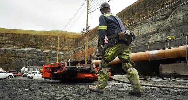 coal mine - worker