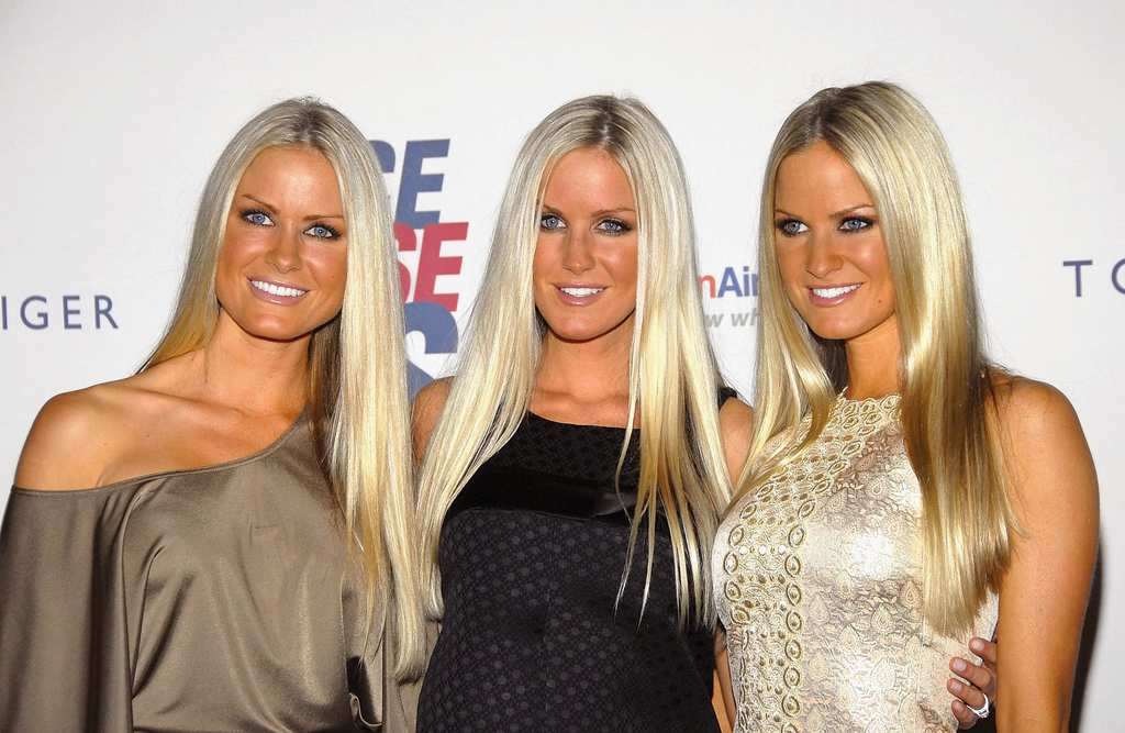 Blondes test out their secret weapons - 1 3