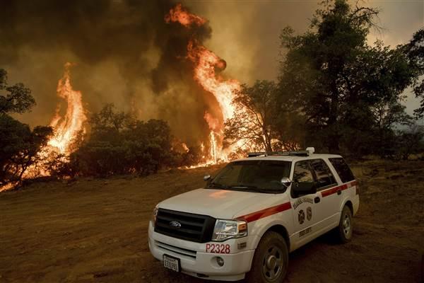 california_heat_wildfires_67575-jpg-1b9b5_f8045b9a625b88189150266d62c2d61a.nbcnews-ux-600-480