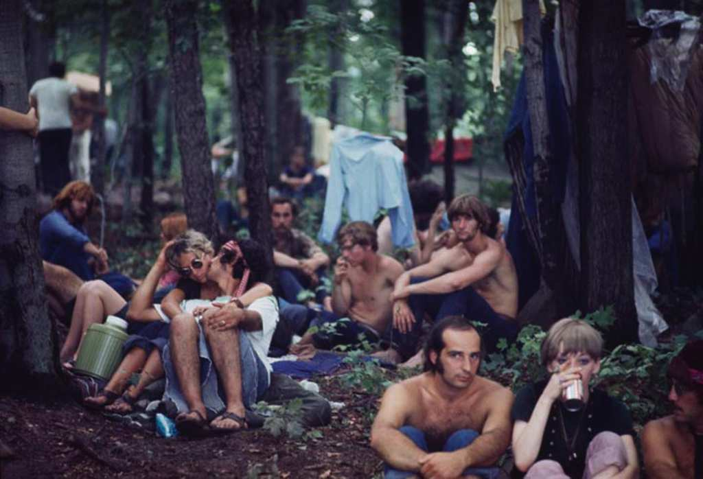 Stunning Photos Taken At Woodstock 1969  Ninjajournalist-2147