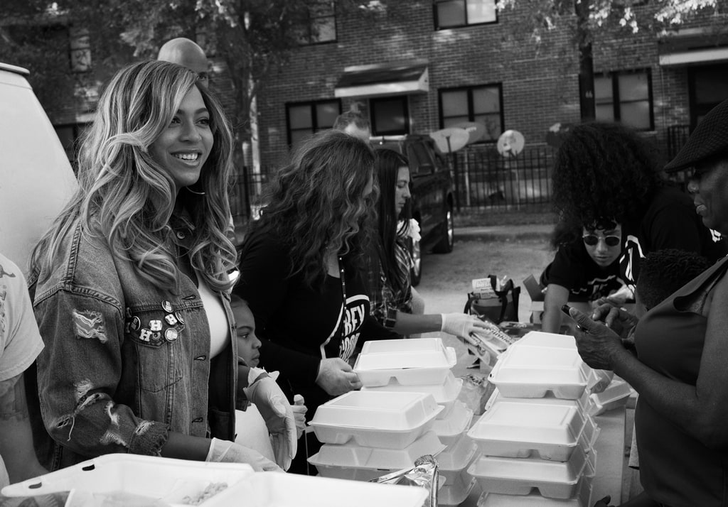 Beyonce and the BeyGOOD foundation helping people in need in Texas after Hurricane Harvey.
